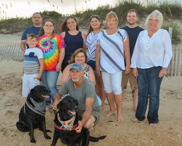 Deana's Family - Beach 2019
