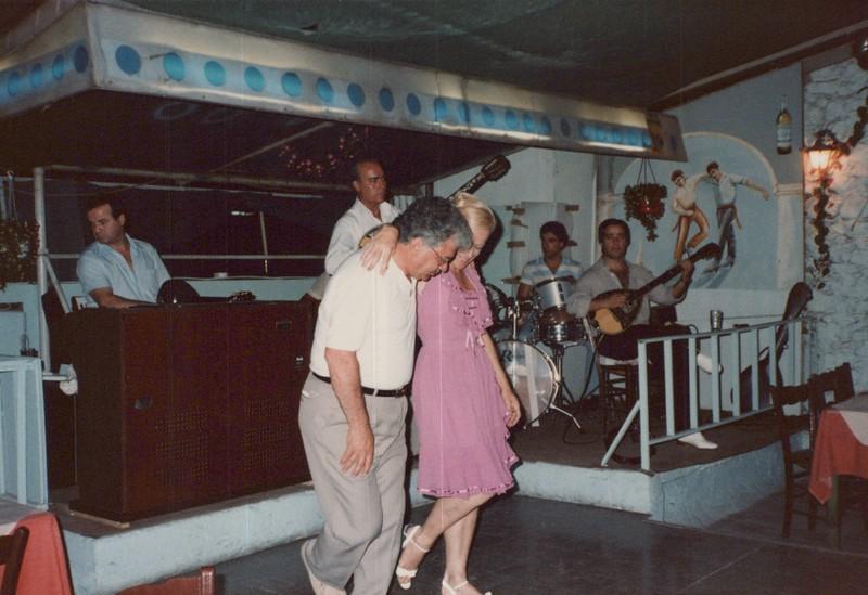 Dance-Trips-Greece_0105.jpg