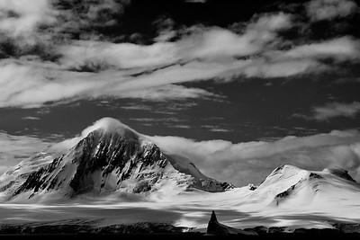Antarctica B&W v1