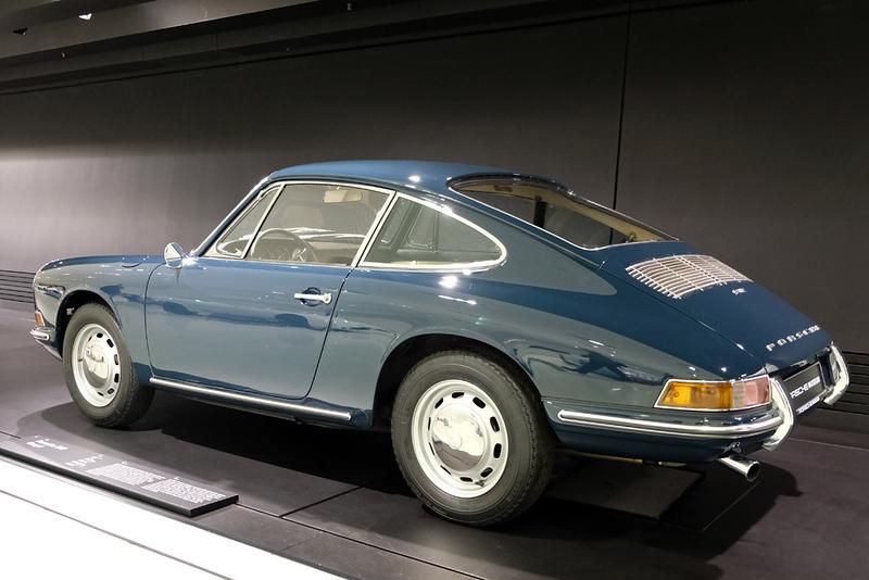 Porsche Museum 912.jpg