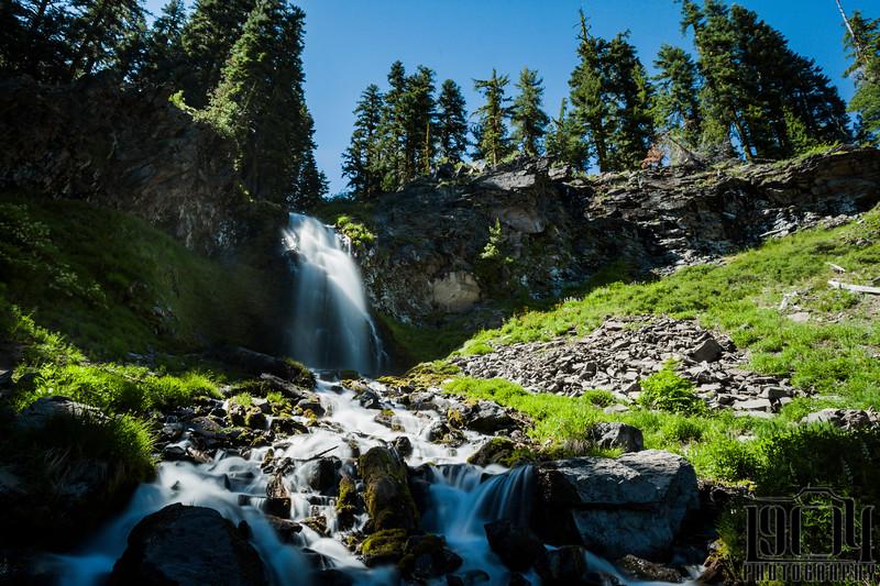 20150619 Crater Lake Waterfall.jpg