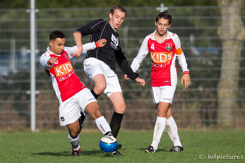 01-10-2016: Voetbal: A' 66 O19-2 v CKC O19-2: Capelle Seizoen 2016/2017
