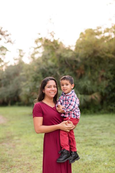 Ariza Family 2020-82.jpg