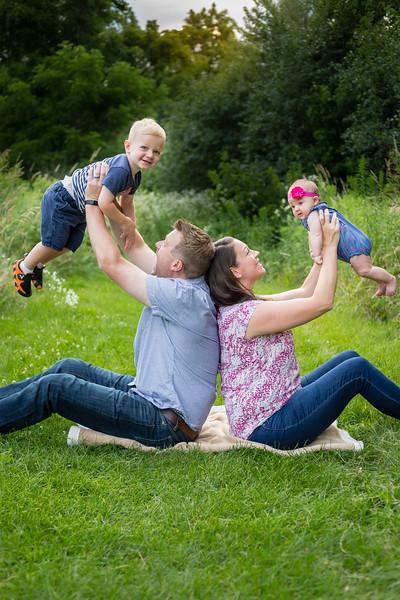 Reuter Family-4.jpg