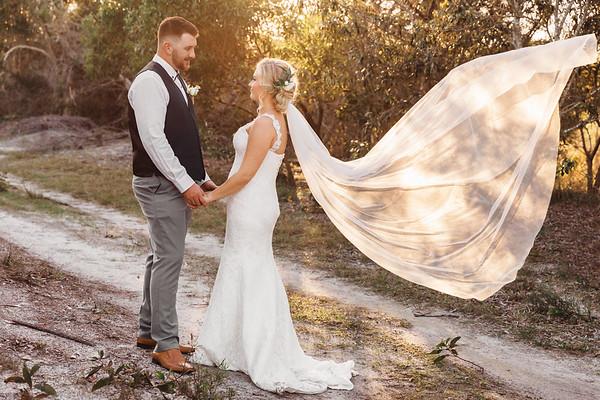 Lucinda&Allan: Surfair Marcoola Wedding