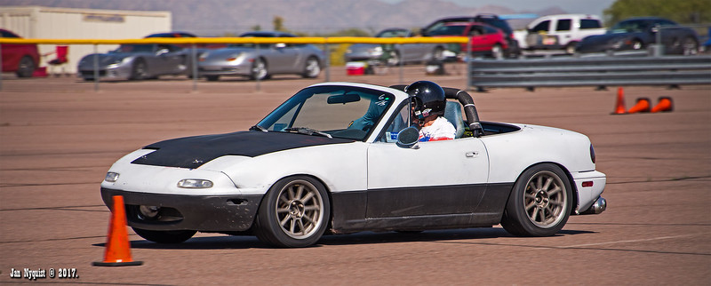 Miata-Black-&-White-2168.jpg