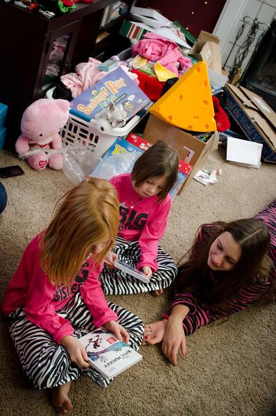 20111225_ChristmasMorning_0074.jpg