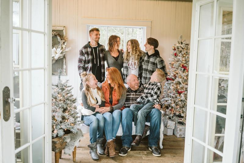 Hauge Christmas Mini Session 2018-4.jpg