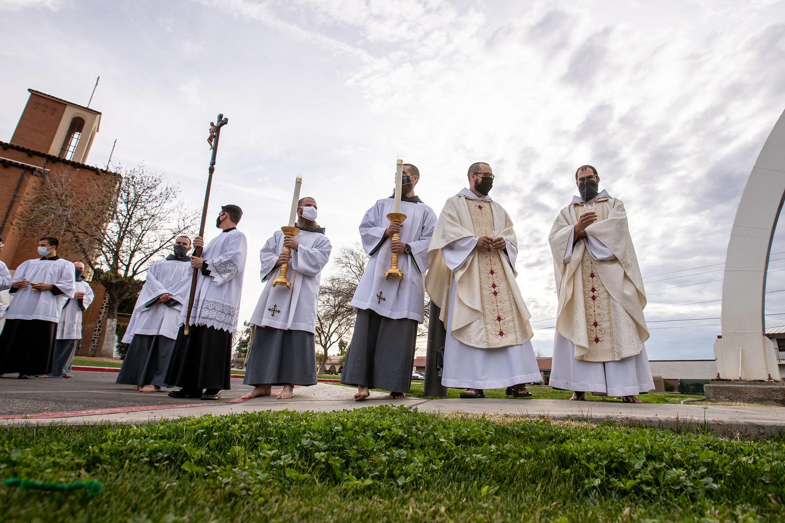 Consecrated_Life_Mass_055.jpg