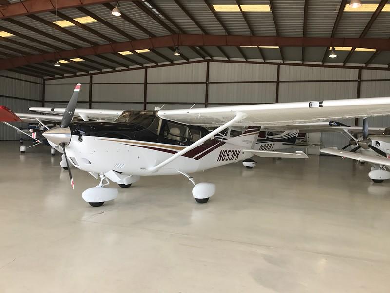 Cessna 206 (004)