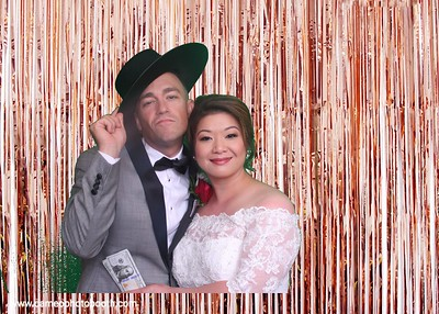 Phu & Kevin, Photo Booth, Lakeside Gardens