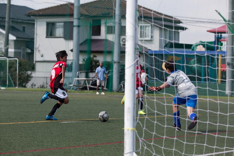 MS Boys Soccer vs Nishimachi 12 Sept-33.jpg
