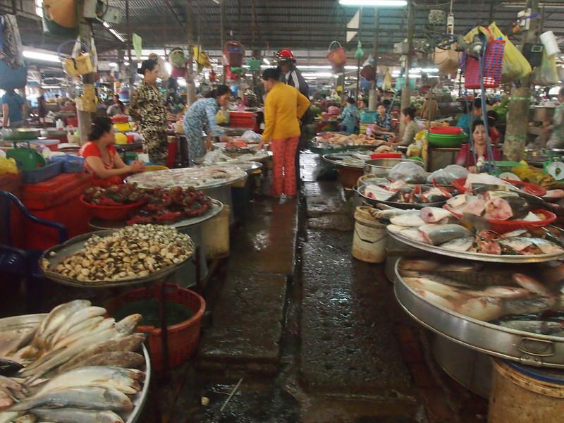 PA274814-fish-market.JPG