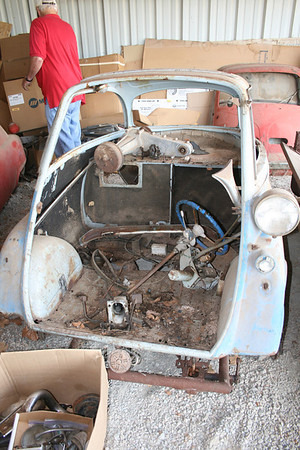 1957 BMW Isetta Blue
