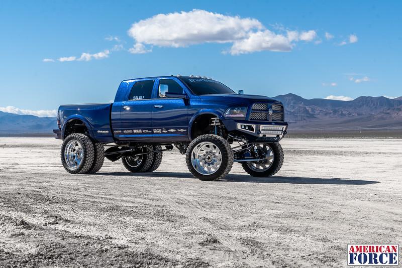 022-Truck-Wurx-Sebastian-Blue-2016-Dodge-3500-Dually-26-Psycho-SFSD-20171106.jpg