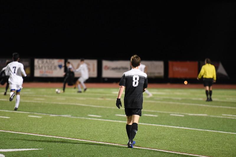 SoccerBoysVarsity_Jan30_ElainaEich0016.JPG