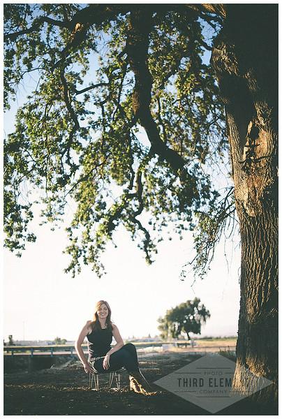 Kate Howard Sanger Senior Portraits_0017.jpg