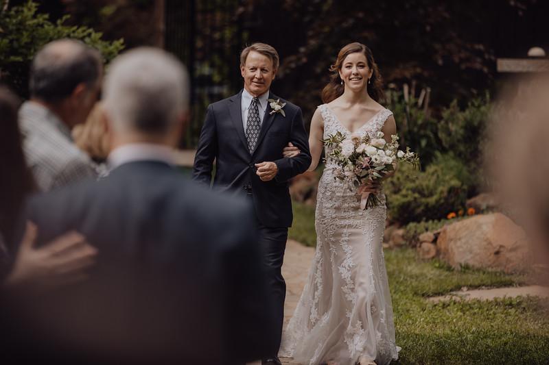 2018-05-12_ROEDER_JulieSeth_Wedding_ROEDER2_0018.jpg