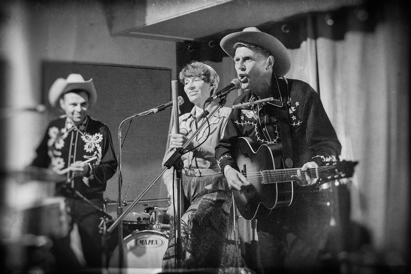 Slim Sandy & the Hillbilly Boppers