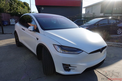 Tesla Model X P100D - Pearl White Multi-Coat