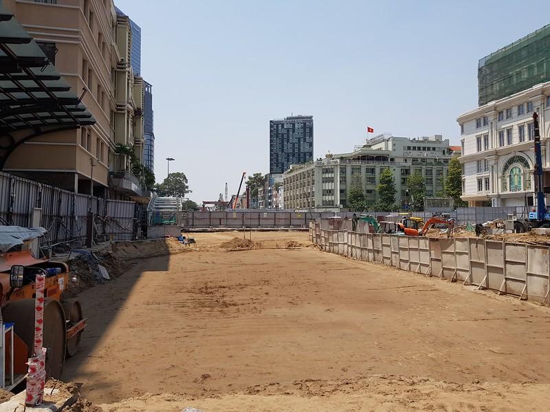 20200316_113836-opera-park-construction.jpg