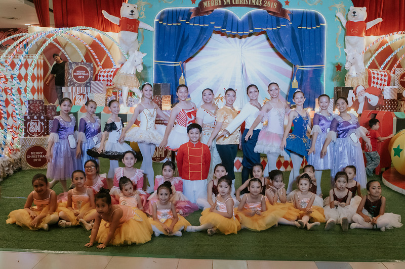 Lipa Ballet Christmas Performance