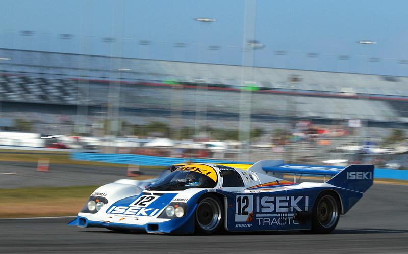 Classic24-2015_6624-#12-Iseki-Porsche962.jpg