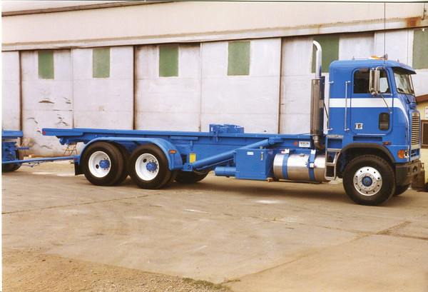 LMC Roll Off and Trailer