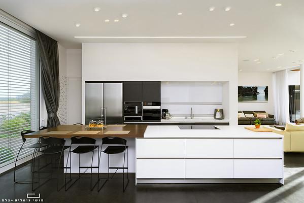 שחור במטבח