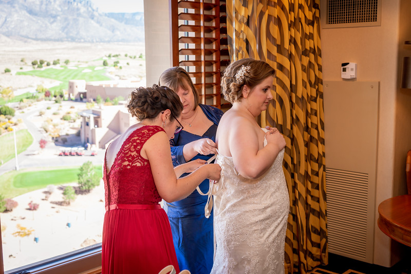 Sandia Hotel Casino New Mexico October Wedding Getting Ready C&C-51.jpg