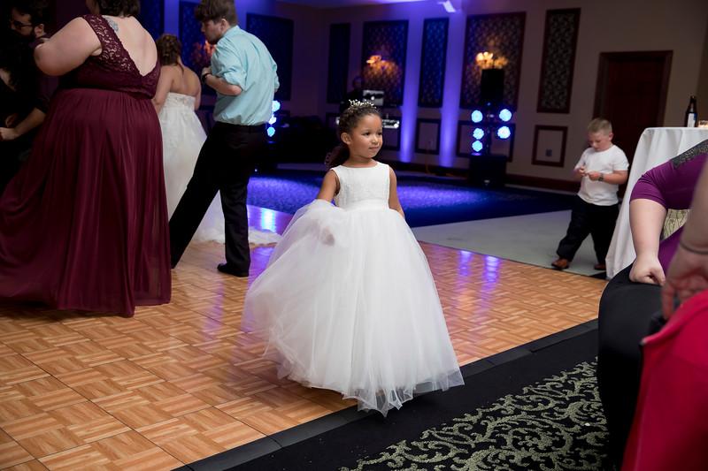 Amanda & Tyler Wedding 1106.jpg
