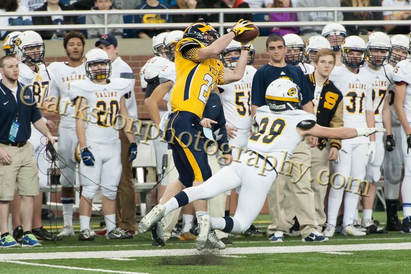 2014 Clarkston Varsity Football vs. Saline 160.jpg