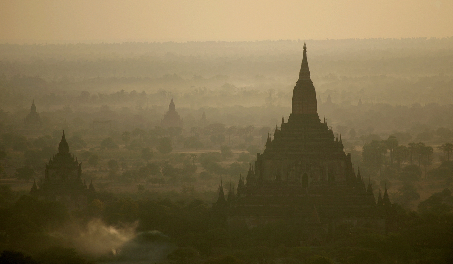 Bagan ~ Sulamani Guphaya at Sunrise