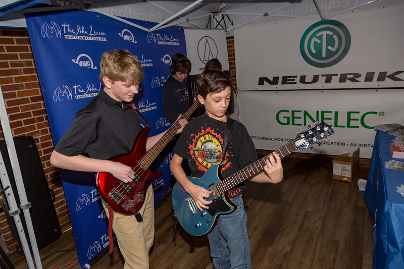 2018_04_12, Deer Path Middle School, IL, Lake Forest, students, tents, tents and tours, neutrik, genelec, owc, yamaha,