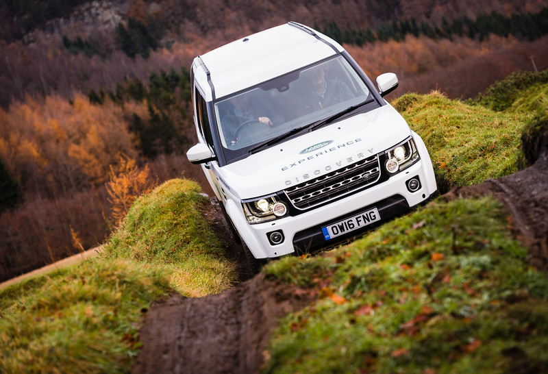 DorSuite_Landroverexp-76.jpg