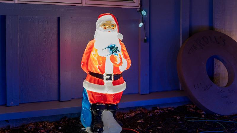 logan-elm-village-christmas-lights-123.jpg