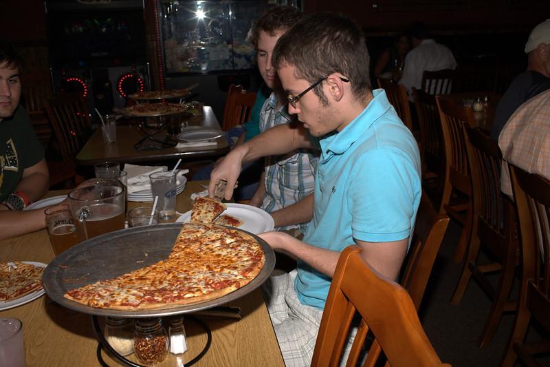 waldo pizza 041.jpg