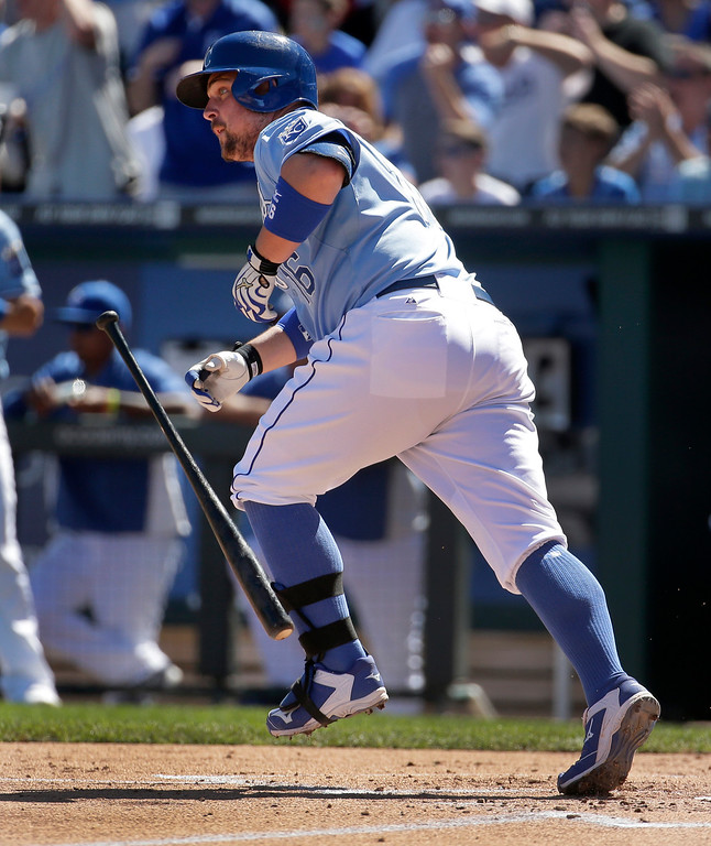 . Kansas City Royals\' Billy Butler runs to first after hitting an RBI single during the first inning of a baseball game against the Detroit Tigers, Sunday, Sept. 21, 2014, in Kansas City, Mo. (AP Photo/Charlie Riedel)