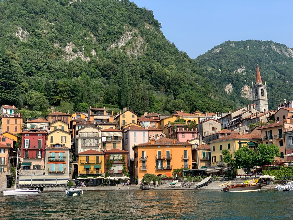 Travel to Lake Como Italy for Valentine's Day