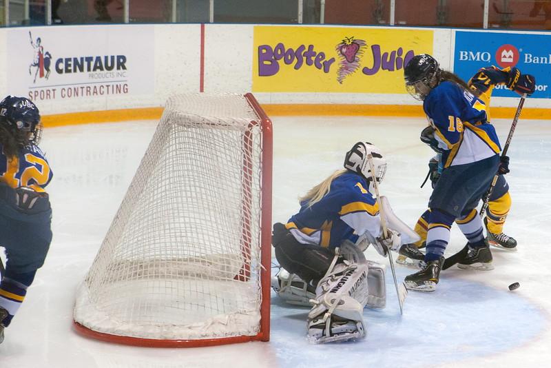 20130310 QWHockeyvsUBC 362.jpg