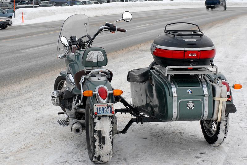 BMW R1200c with Sidecar.jpg