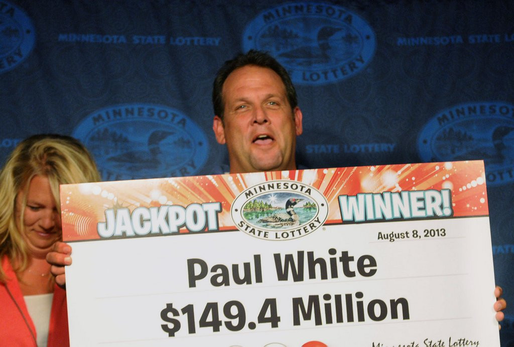 """. <p><b> A Minnesota fellow named Paul White was stunned by results of last week�s Powerball drawing that left him with � </b> <p> A. $149.4 million  <p> B. 15 minutes of fame  <p> C. 100,000 new Facebook friend requests  <p>   (Pioneer Press: Chris Polydoroff) <p><b><a href=\'http://www.twincities.com/localnews/ci_23820686/minnesota-powerball-jackpot-winner-is-states-22nd\' target=\""""_blank\""""> HUH?</a></b>"""