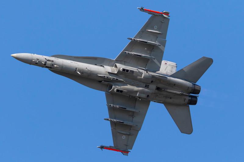 HN-424-McDonnellDouglasFA-18C-FinnishAirForce-FFD-EGVA-2015-07-19-_W4A2211-DanishAviationPhoto.jpg