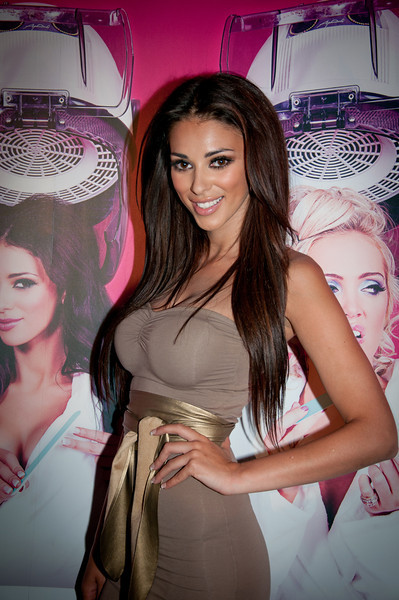 Celebrity Salon 2011 - Launch Party