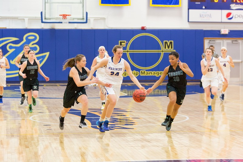 MMA-Womens-Basketball-16-17-022.jpg