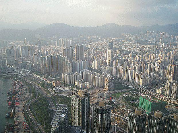 sky100 view hong kong
