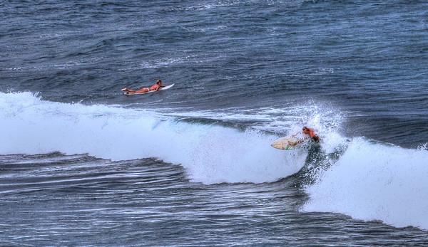 SURFING HO'OKIPA NOV 2011