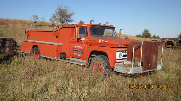 ===SOLD+++Chevy C60 1966 Fire Truck $2000.00