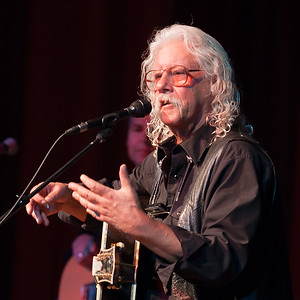 Arlo Guthrie, GV Vet's Hall, Center for the Arts