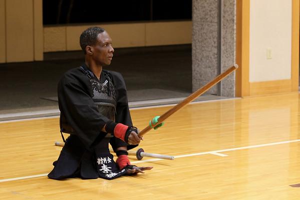 J Brinn ハワイの剣士
